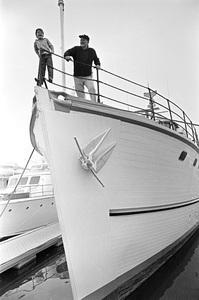 John Wayne aboard his yacht Wild Goose with his son Ethancirca 1966 © 1978 Gunther - Image 0898_3391
