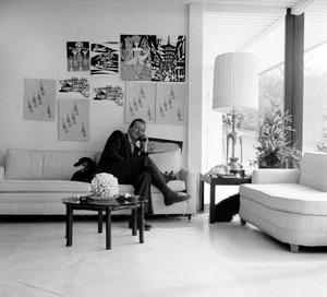 John Wayne at home on Louise Street in Encino, California1958 © 1978 Bernie Abramson - Image 0898_3407