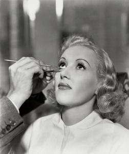 Betty Grablecirca 1945**I.V. - Image 0904_0405