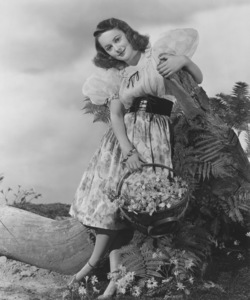 Olivia de HavillandCirca 1942 - Image 0925_0025