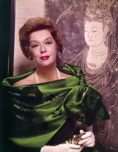 """Rosalind Russell publicity photo for """"Auntie Mame""""1958 Warner Brothers - Image 0952_0006"""