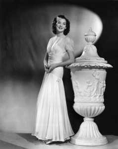 Rosalind Russell1938 - Image 0952_0841