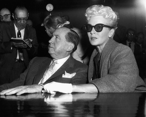 Lana Turner and Jerry Giesler at the Johnny Stompanato murder trial 1958 ** I.V. - Image 0954_0711