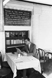 Sean Connery in a Los Angeles cafecirca 1960s © 1978 Leo Fuchs - Image 0955_0705