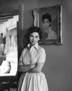 Jean Simmons at Home 4/14/1955 © 1978 Sid Avery - Image 0956_0052