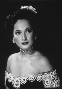 Merle Oberon, c. 1940. © 1978 Will Connell - Image 0957_1021