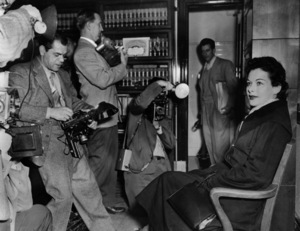 Hedy Lamarr in court to divorce Teddy Stauffer /Hollywood, California1952 - Image 0958_0127