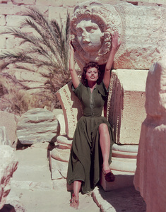 "Sophia Loren for ""Legend Of The Lost,"" 1957. - Image 0959_0010"