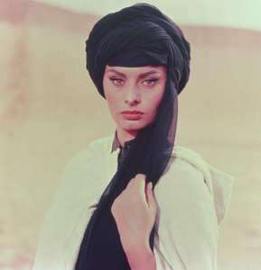 Sophia Loren, c. 1957. - Image 0959_0021