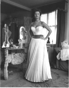 Sophia Loren, 1957. © 1978 Sanford Roth - Image 0959_0235