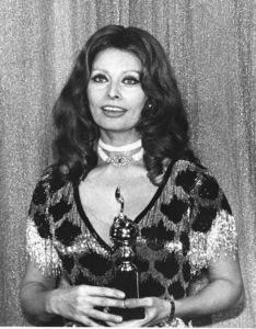 """Sophia Loren  at the""""Golded Globe Awards, 1977.Photo by Gabi Rona - Image 0959_2048"""