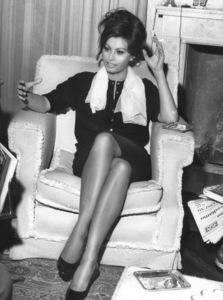 Sophia Loren, 1963. - Image 0959_2125