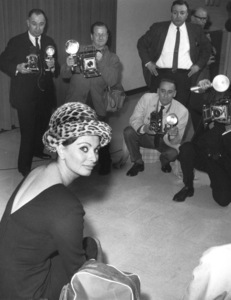Sophia Loren during a press interview atIdelwild Airport New York, 1963. - Image 0959_2126