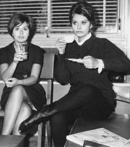 Sophia Loren with sister Maria Scicolone, 1961. - Image 0959_2129