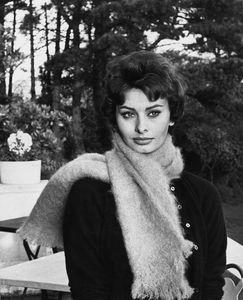 Sophia Lorencirca 1957 © 1978 Sanford Roth / AMPAS - Image 0959_2149