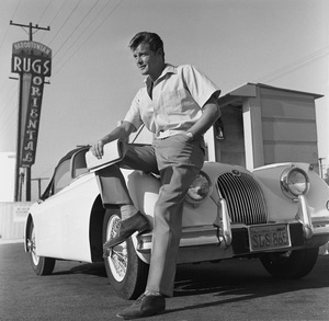 Roger Moore and his Jaguar XK 150 1956 © 1978 Eric Skipsey - Image 0963_0041a