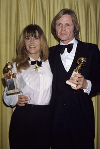 "Jane Fonda and Jon Voight at ""The 43rd Annual Golden Globe Awards""1986 © 1986 Gary Lewis - Image 0968_1192"