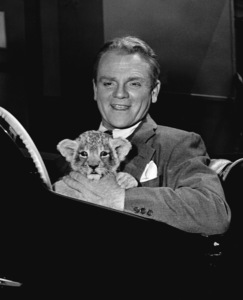 James CagneyCagney