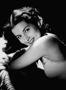 Brenda MarshallSea Hawk, The (1940)Photo by George Hurrell0033028 - Image 0971_0800