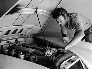 Clint Eastwood at home with his 1958 Jaguar XK 150 Scirca 1960 © 1978 Gene Trindl - Image 0973_0789