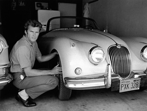 Clint Eastwood at home with his 1958 Jaguar XK 150 Scirca 1960 © 1978 Gene Trindl - Image 0973_0790