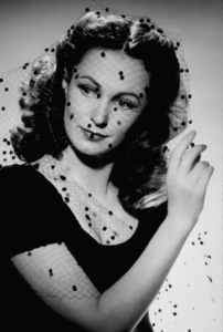 Geraldine Fitzgerald1940Photo by George Hurrell - Image 0974_0974