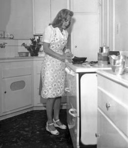 June Allysoncirca 1948 - Image 0983_0106