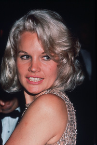 "Carroll Baker at ""Carpetbagger"" Premiere, 1964 © 1978 Chester Maydole - Image 0988_0811"