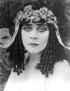 "Theda Barain ""Cleopatra""1917 Fox - Image 0989_0028"
