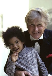 Lloyd Bridges with his grandchild1972 © 1978 Gene Trindl - Image 0999_0035