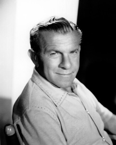 George Burnsc. 1955/CBSPhoto by Gabi Rona - Image 1001_0044