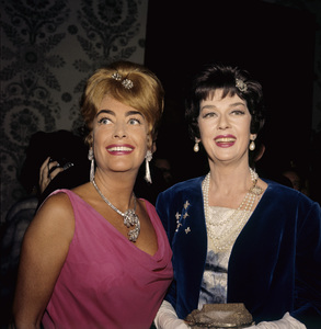 """The Golden Globe Awards""Joan Crawford, Rosalind Russell1962 © 1978 Bernie Abramson - Image 10095_0005"
