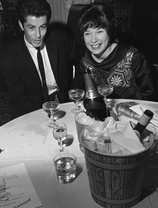 """Golden Globe Awards""George Chakiris, Shirley Maclaine1962 © 1978 Bud Gray - Image 10095_0016"