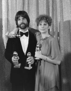 """Golden Globe Awards""Jon Peters, Barbra Streisand1977Photo by Gabi Rona - Image 10096_0017"