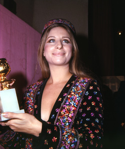 """Golden Globe Awards""Barbra Streisand 1971**I.V. - Image 10097_0008"