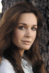 Mary Crosby1982** H.L. - Image 10120_0004