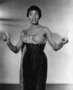 Shirley Basseycirca 1965 - Image 10162_0001