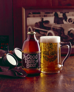 Food Category Beer1976 © 1978 Sid Avery - Image 10370_0636