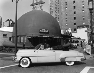 Hollywood and Los Angeles Landmarks 1952 Brown Derby © 1978 Sid Avery - Image 10398_0009