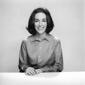 Helen Gurley Browncreator of Cosmopolitan Magazine6-9-1964for The Ladies Home Journal © 1978 Mark Shaw - Image 10435_0005