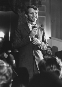 Robert Kennedyin Seattle, WA1968 © 1978 Ulvis AlbertsMPTV - Image 10538_0002