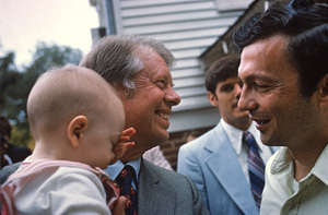 Jimmy Carter with local baby in Plains, Georgia1978 © 1978 Gunther - Image 10542_0014