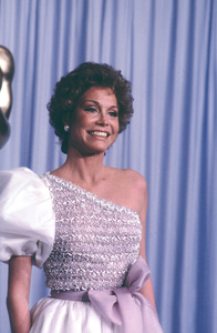 """Academy Awards - 53rd Annual""Mary Tyler Moore1981 © 1981 Gunther - Image 10548_0043"