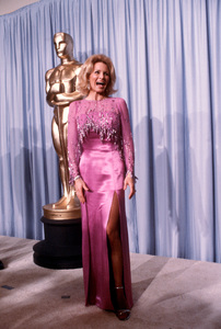 """""""Academy Awards - 53rd Annual""""Angie Dickinson1981 © 1981 Gunther - Image 10548_0084"""