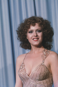 """Academy Awards - 53rd Annual""Bernadette Peters1981 © 1981 Gunther - Image 10548_0087"