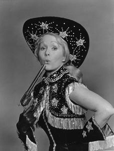 """""""Civic Light Opera: Annie Get Your Gun""""Debbie Reynolds1977 © 1978 Eric Skipsey - Image 10631_0003"""