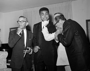 George Burns, Muhammad Ali, Milton Berle and Phil Silvers fooling around at a Warren Cowan party1966 © 1978 Larry Kastendiek - Image 10635_0001