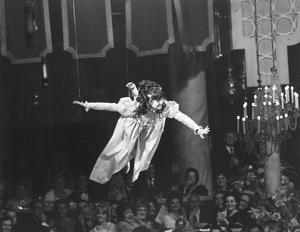 """Golden Globe Awards""Sally Field1968 © 1978 Gunther - Image 10636_0017"