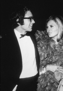 """Golden Globe Awards - 1968,""Warren Beatty and Faye Dunaway. © 1978 Joe Shere - Image 10636_0024"