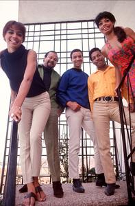 Fifth DimensionMarilyn McCoo,Florence LaRue,LaMont McLemore,Ron Townson,Billy DavisC. 1969 © 1978 GuntherMPTV - Image 10640_0002